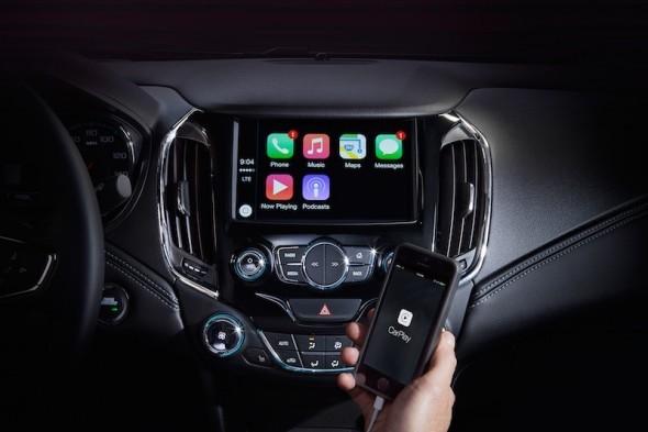 H Chevrolet θα ενσωματώσει το Carplay σε 14 νέα μοντέλα το 2016