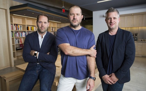 O Jony Ive προάγεται σε Chief Design Officer της Apple
