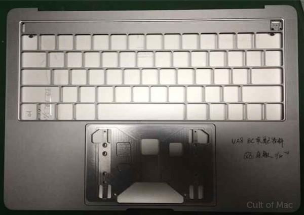 Διαρροή φωτογραφιών του νέου MacBook Pro με OLED touch bar και 4 θύρες USB-C
