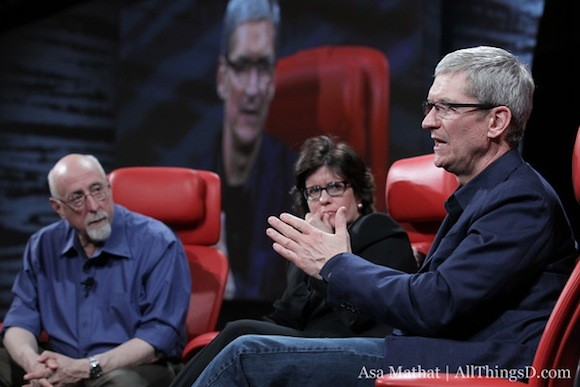 O Tim Cook μιλάει για όλα στο D10: Facebook, Siri, iTV, Steve Jobs…