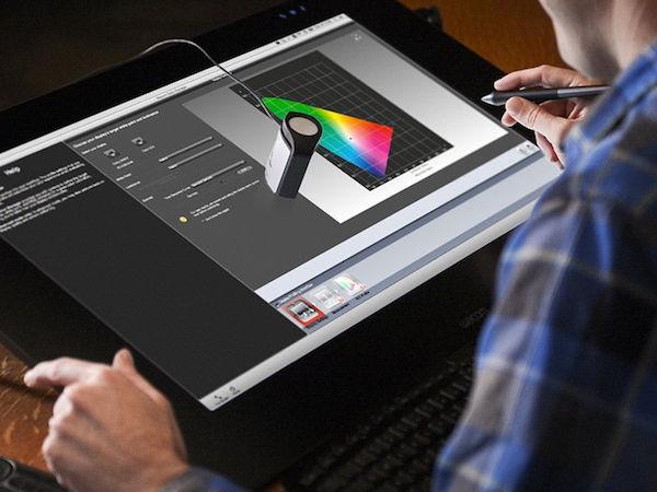 Προτείνοντας τον Wacom Color Manager Powered από την X-rite