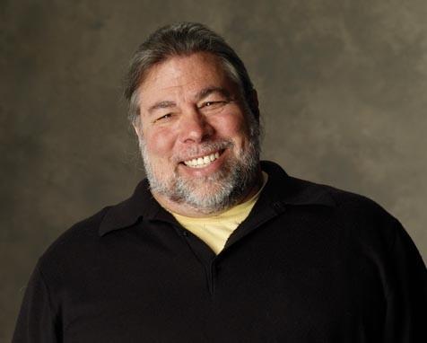 Ο Steve Wozniak στην ουρά για το νέο iPad, μιλά για την Apple και τον Steve Jobs [Video]